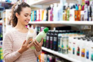 ARE NATURAL ANTI-DANDRUFF SHAMPOOS AS EFFECTIVE AS CONVENTIONAL SHAMPOOS?