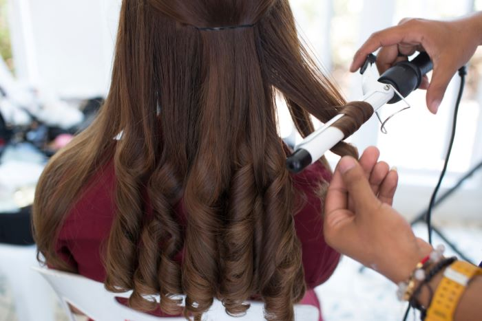 How to choose the best rotating curling iron for your hair