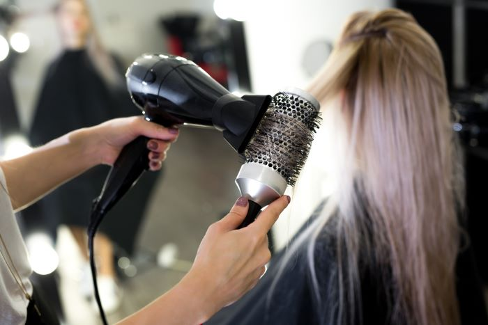 Other factors to consider before buying the best round brush
