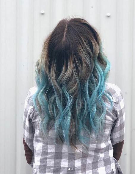Black to blue ombre