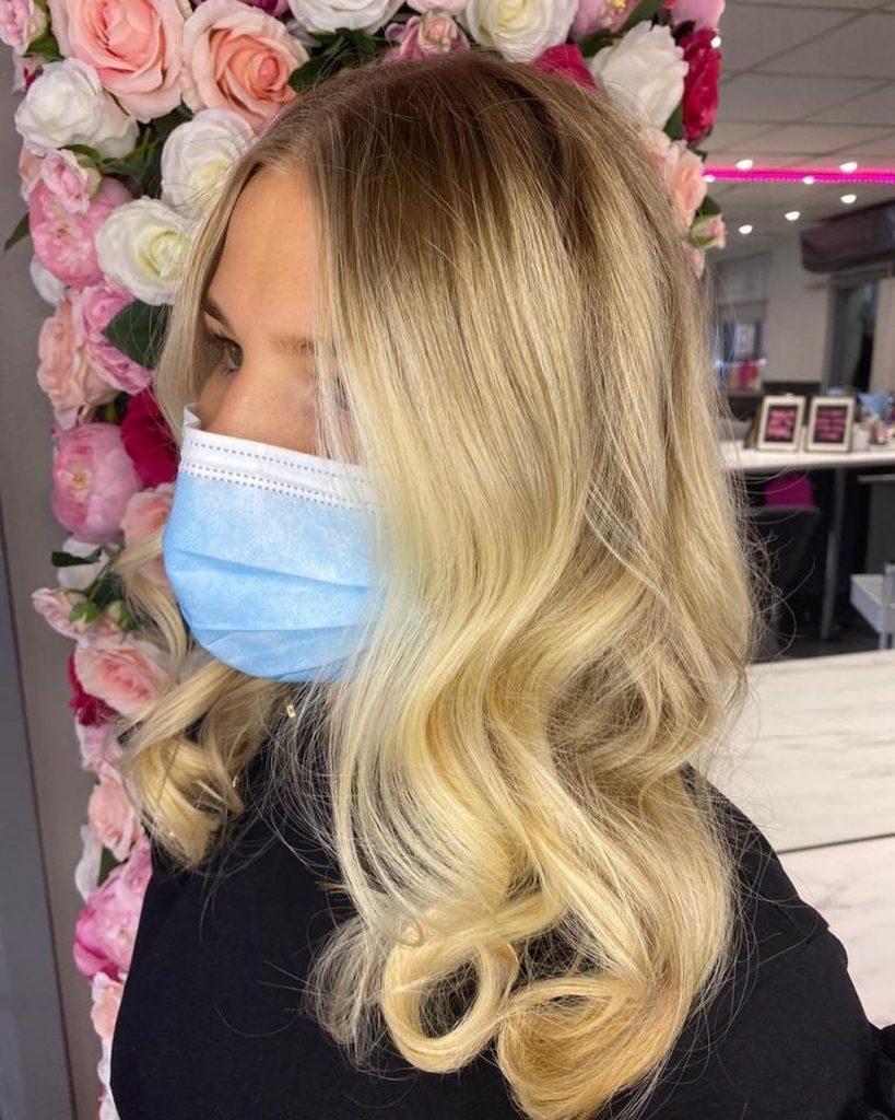 Easy blonde