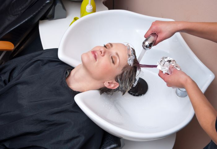 How to wash and shampoo hair after toning